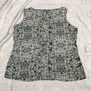 Daisy Fuentes soft flower print blouse new w/o tag